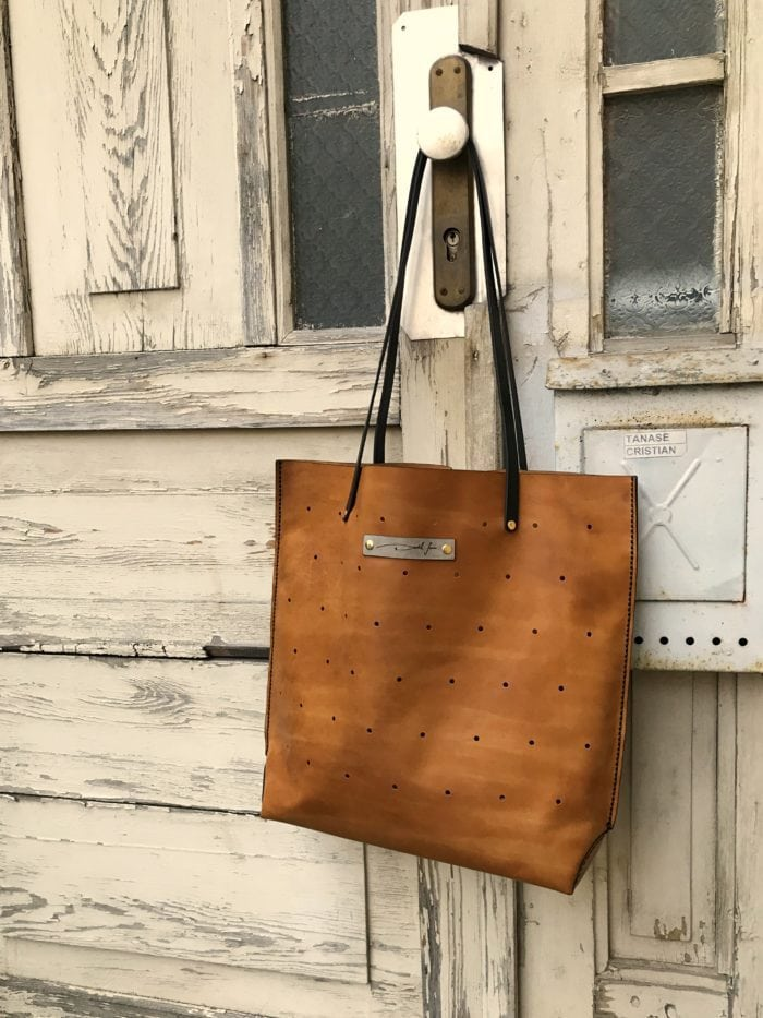 geanta din piele naturala